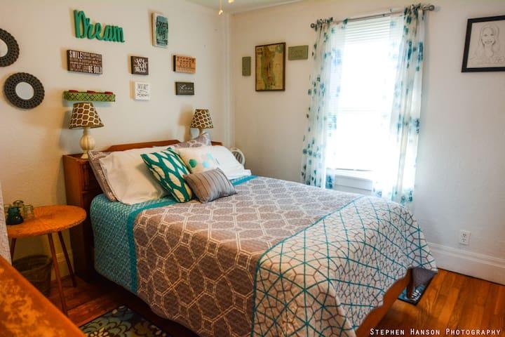 Full Bedroom Upstairs