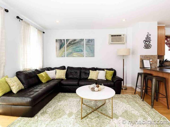 Updated Modern Apartment Bayridge/Brooklyn-sleeps6