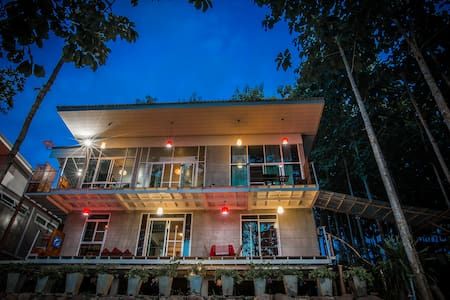 Nan De Panna Riverside Homestay 1st Floor - Mueang Chang - Huis