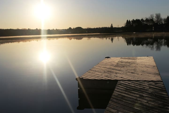 Wraight Escape-Waterfront Manitouwabing-5 Bedroom