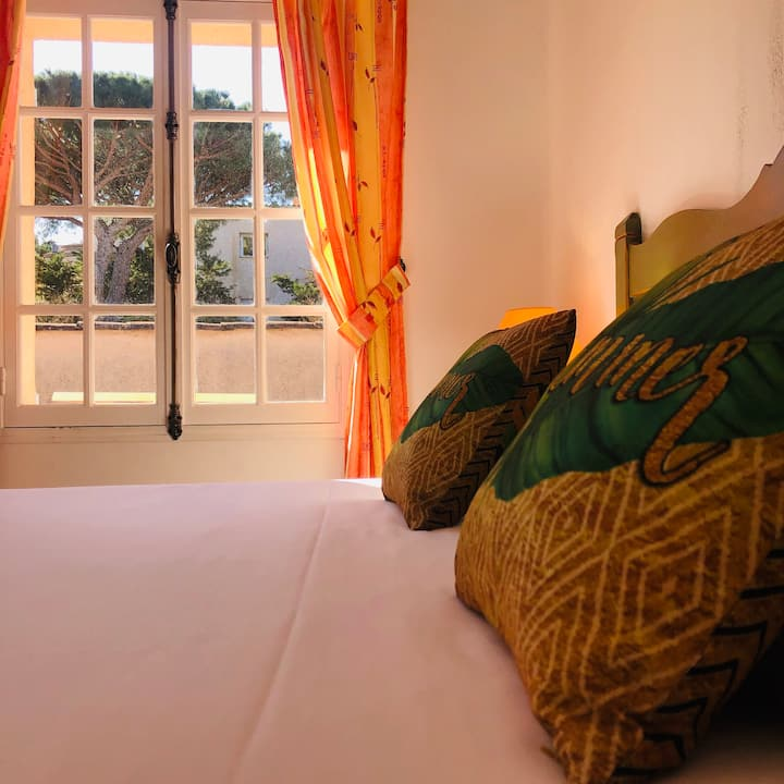 Double room-Comfort-Private Bathroom-Pool View
