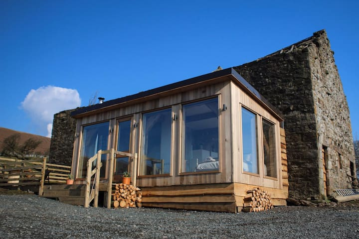 Shepherd's Rest, camping pod with hot tub.