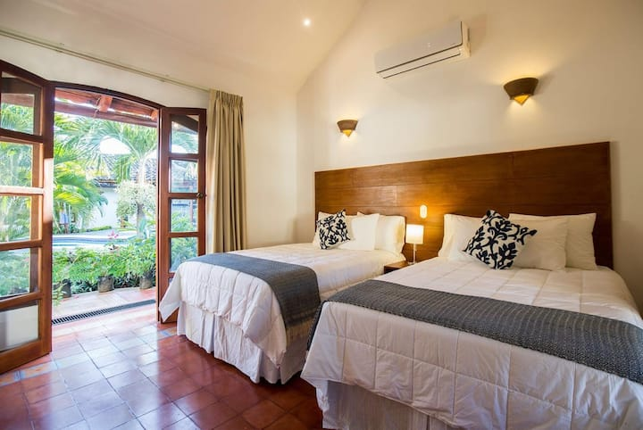 Villa Adela - Double Queen size Beds