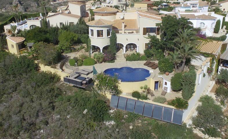 Villa El Dorado - Benitachell - Talo