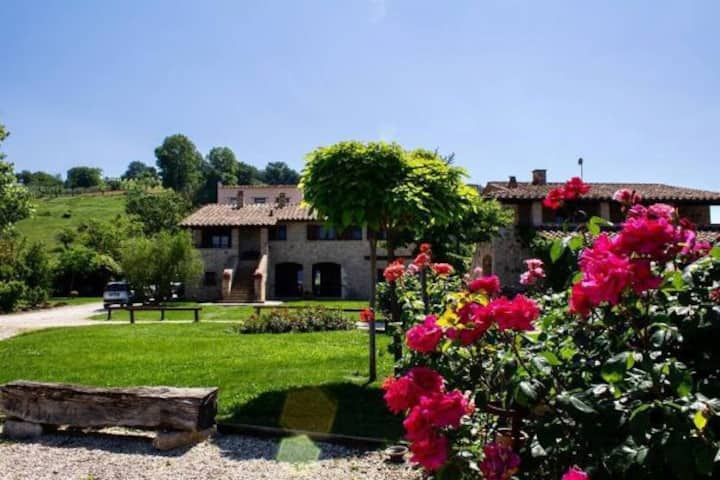Countryhouse Poggio del Bolognino with pool,garden