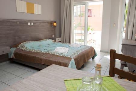 Anna Katerina apartments - Platanias