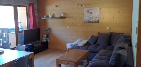 Bel appartement 70 m2 Plagne 1800 face télésiège