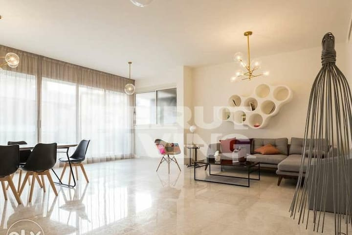 Luxurious 3 bedroom flat in the heart of Hamra