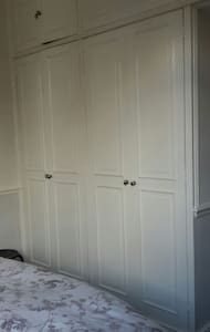 DOUBLE ROOM ( Fulham) 40£/nigth - London - Apartment
