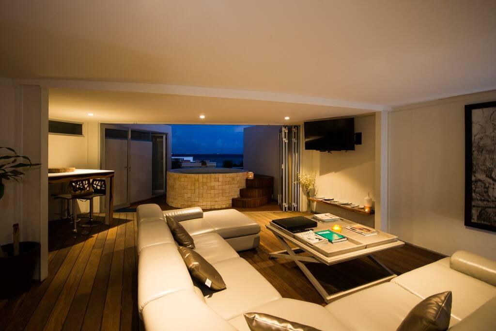 Indoor outdoor top floor living area