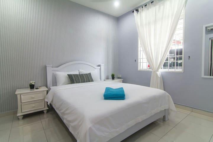 NEW Unit To Jonker Street (4.5km) - Melaka - Casa
