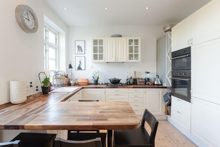 Lovely modern apartment in the heart of Hellerup