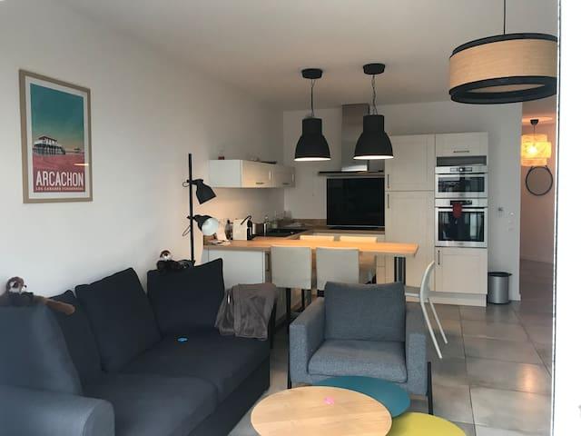 Bel appartement en cœur de ville avec terrasse