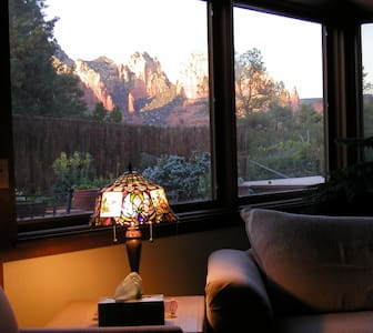 Uniquely Beautiful Heart of Sedona Awesome Views! - 단독주택
