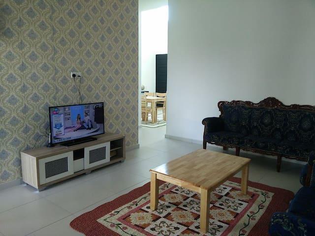 Noor Homestay @ Damai Utama Kangar - Kangar - House