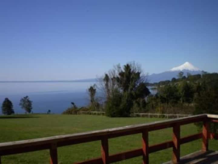 Casa de Carmen junto al lago y mirando volcanes