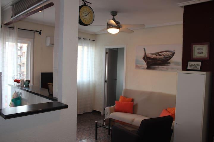 Beautiful 3 appartment 300 m. from Malvarosa beach - València - Appartement en résidence