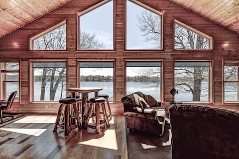 The Boathouse Cabin @ McCann Lake