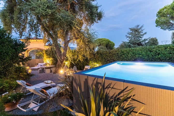 VILLA GIANNA, the Secret Interior Designer's Private Retreat with Pool