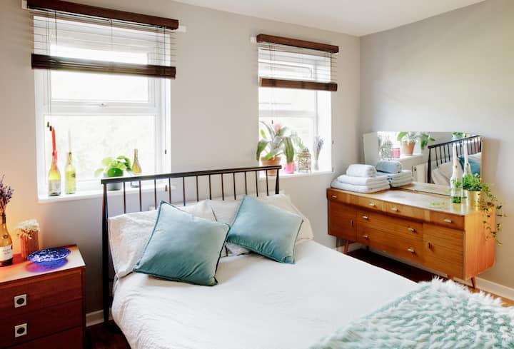 Stylish & cosy modern flat on Broadway Market