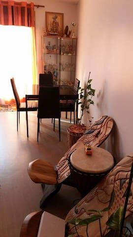 BEAU F3 SPACIEUX ET LUMINEUX - Bezons - Apartamento