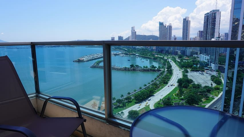Ocean View Apartment in the Best Location, Panama