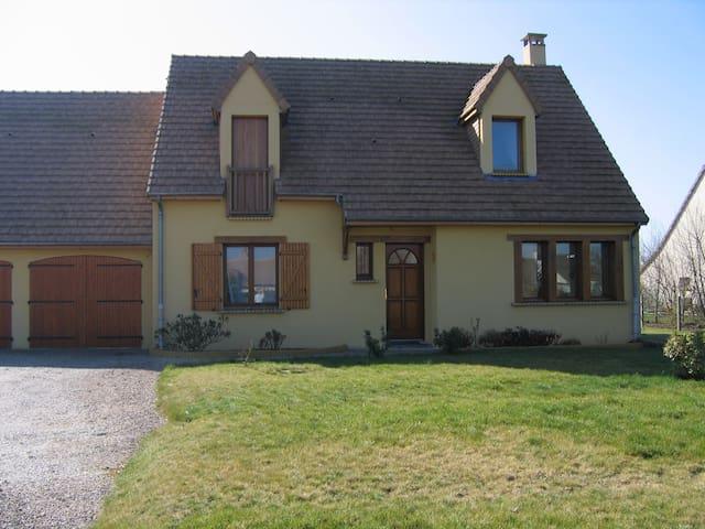 Agréable maison à 15 mn du Mans