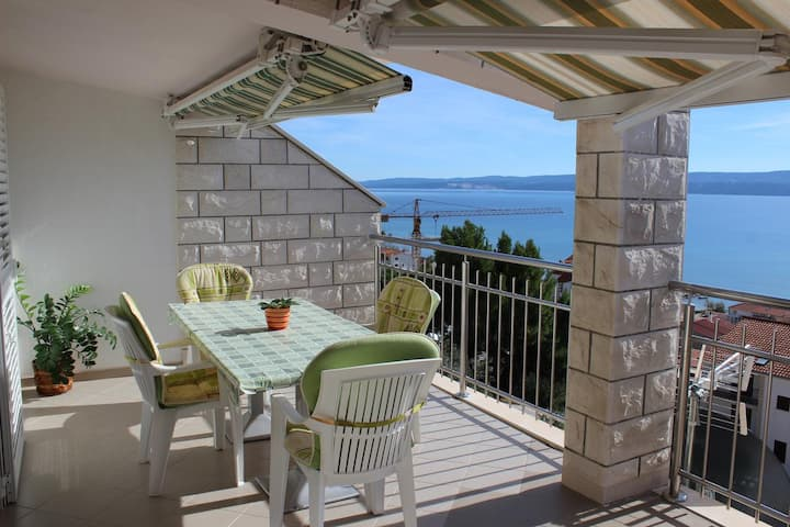 Two bedroom apartment with terrace and sea view Duće, Omiš (A-2737-c)