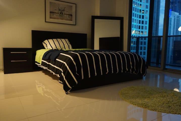 Miami Hottest location - Miami - Apartment