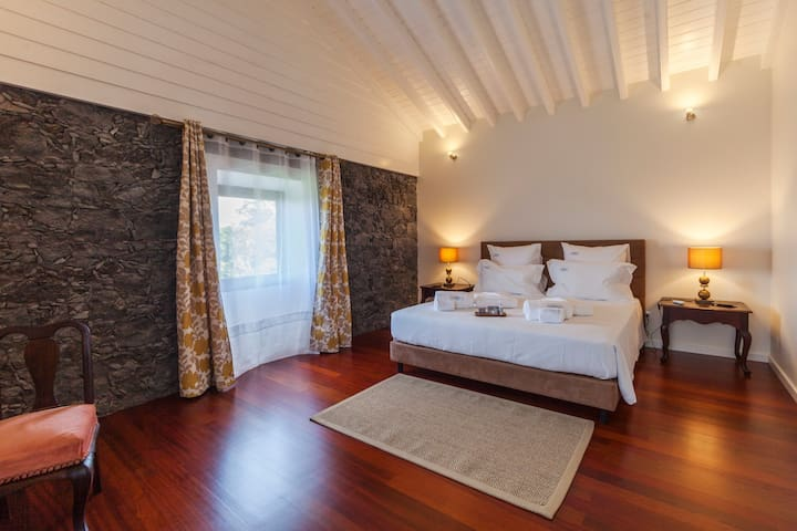 Adega de Flores das Capelas - Azores For Rent