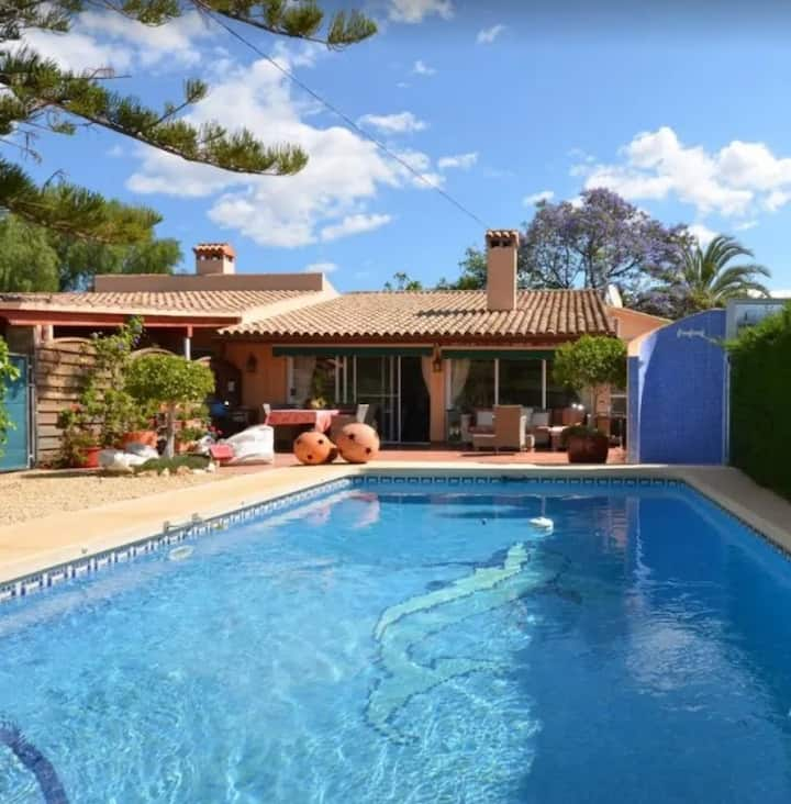 Casa Los Oleandros makes you feel at home in Spain