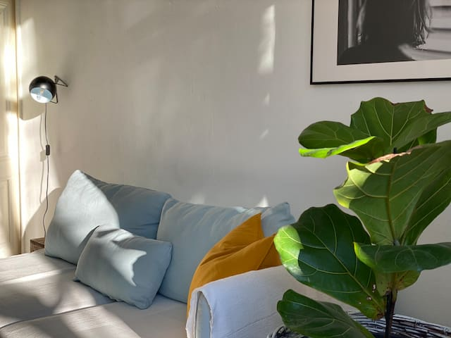 Bright Chic 1 Bed, close to City Centre