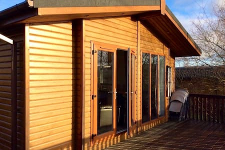 Lodge with outstanding views in Royal Deeside