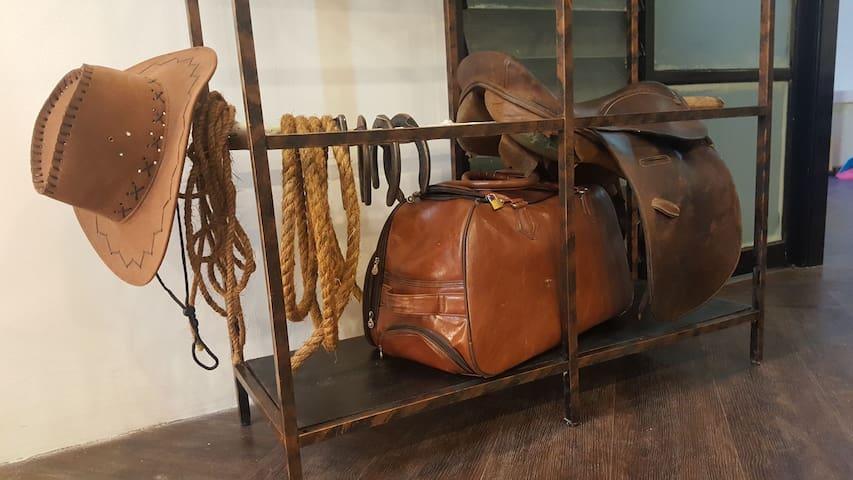 real cowboy set