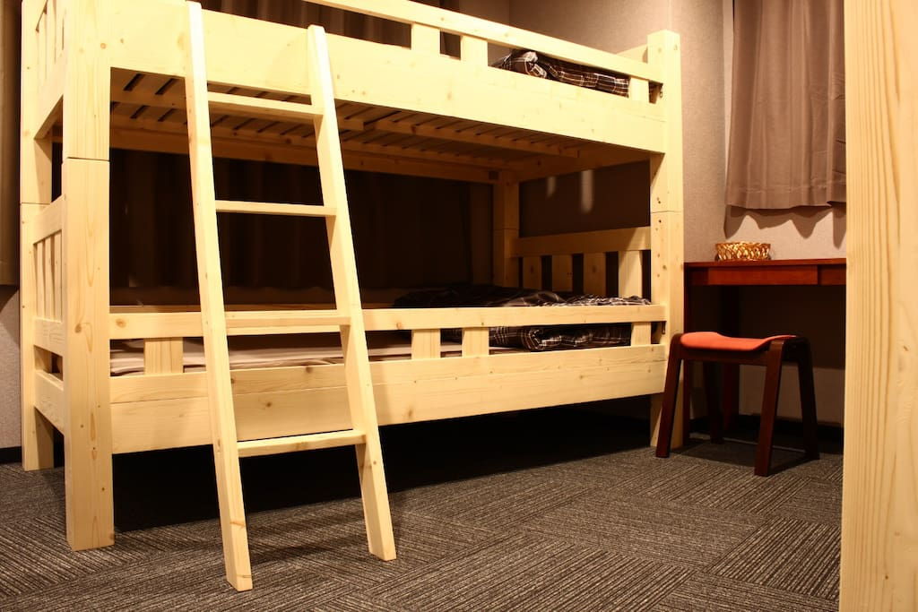 3 Bunk beds for 6 persons