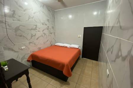 Cas Madero habitación a una cuadra Del Mar hab 6