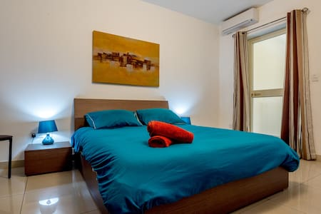 Luxury Modern Apartment in Gzira - Apartemen