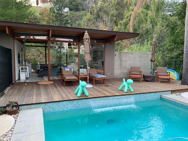 Private pool-side casita with stunning views!