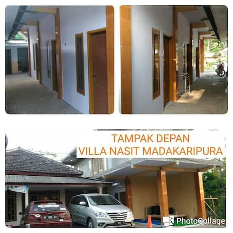 Villa Nasit Madakaripura