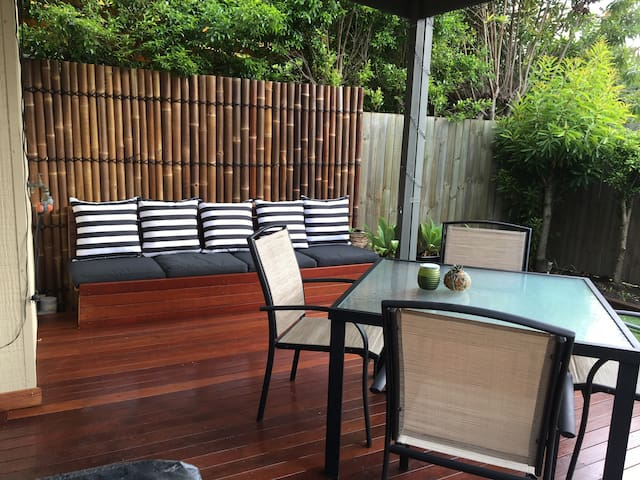 Beautiful and quiet townhouse, close to everything - Nundah