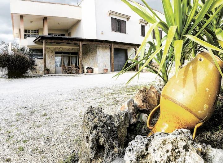 Nice house in the Italian countryside