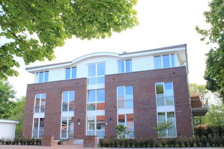 Haus Oldenburg, Whg. 10, mit Balkon eigener Sauna - Wangerooge - 公寓