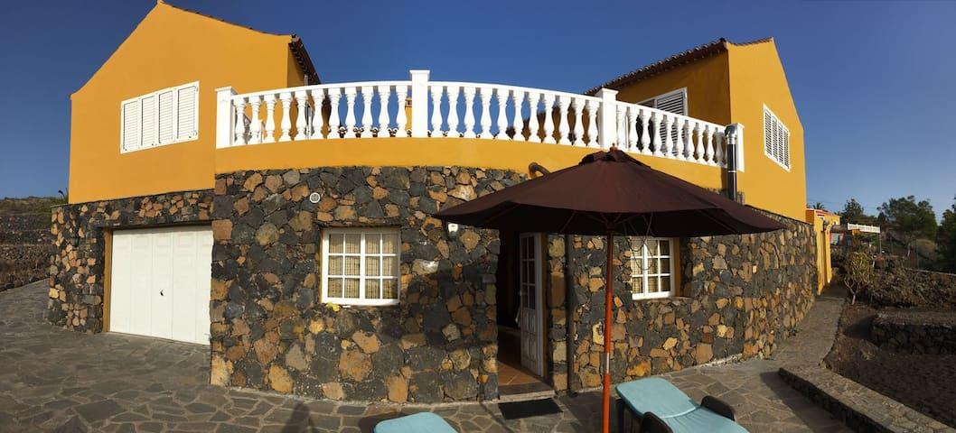 Pequeño Apartamento en Chalet Privado - Los Llanos - Apartment