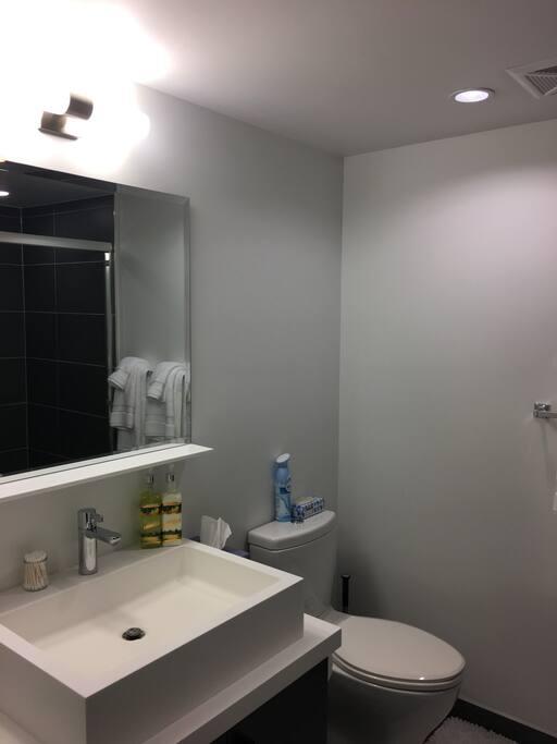 En Suite Bathroom With A Bathtub