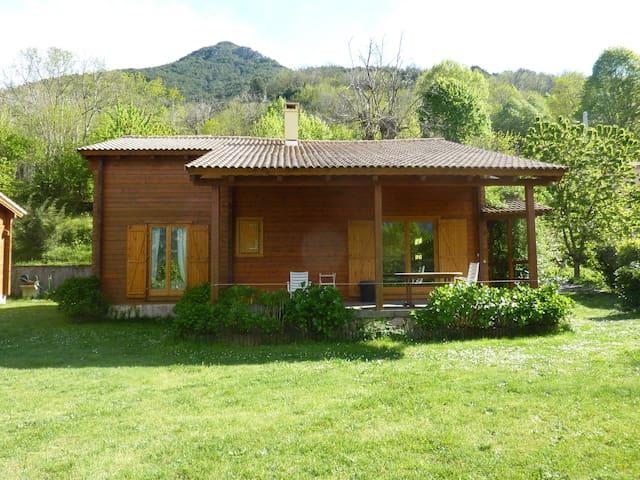chalet semi montagne - Bocognano - House