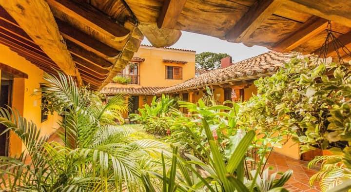 Casa Amarilla,  Colonial Guesthouse