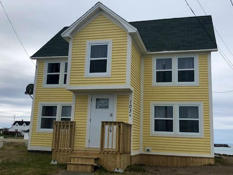 Stay in the Heart of Bonavista with a Oceanview