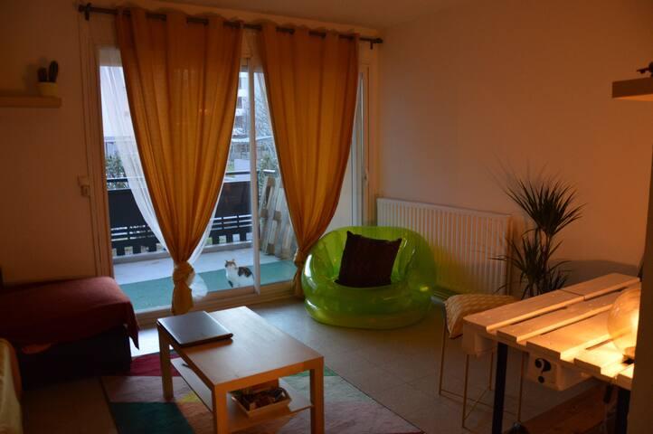 Studio cosy à Salon de Provence - Parking gratuit