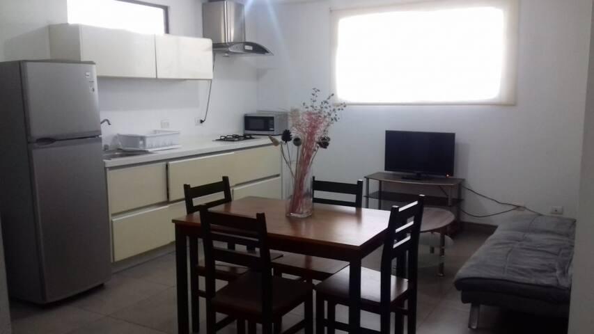 Habitación Individual o Apartamento Completo