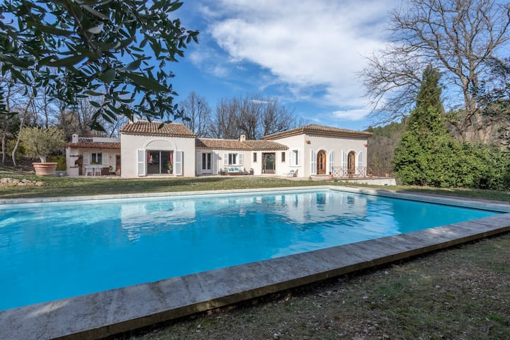 Villa Aix-en-Provence, entre mer et montagne